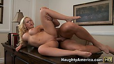 She stands up to get fucked and then gets back on the table to ride