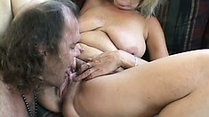 Curvy old blonde broad spreads her legs and gets licked by hairy dude
