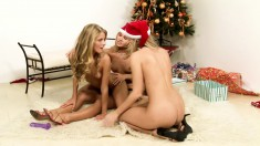 Sizzling Hot Blondes Spread Holiday Cheer In A Wild Threesome