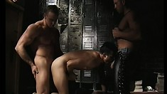 Inexperienced twink gets his tight butthole drilled by two horny guys