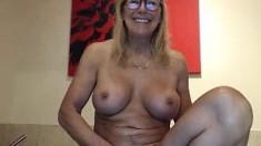 My friend masturbates in the webcam
