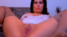 Horny Milf Shows Her Stuff